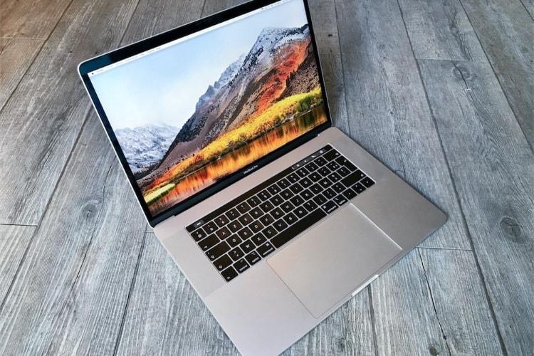 """Des GPU Vega en option sur le MacBook Pro 15"""" fin novembre"""