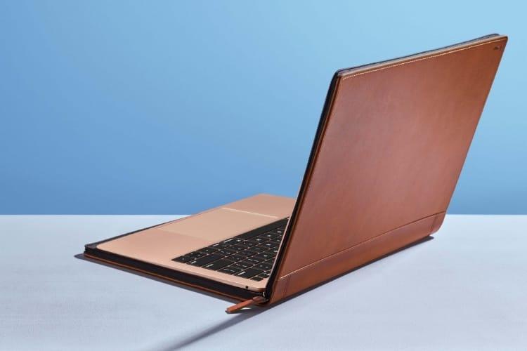 Un étui pour MacBook et une sacoche pour périphériques chez Twelve South