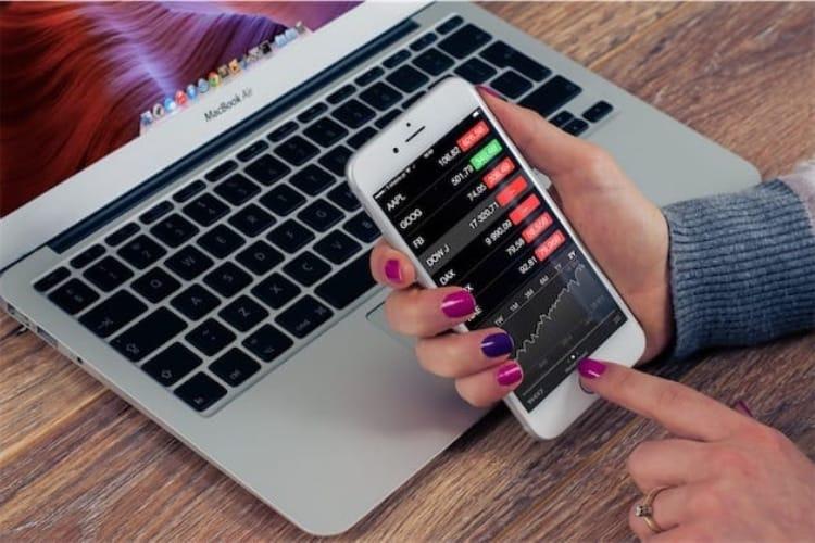 Quel ordinateur Apple offre le meilleur rapport performances/prix?