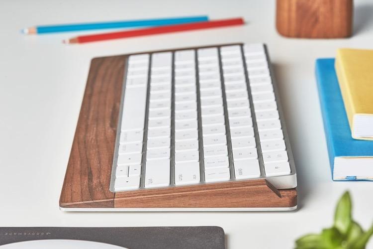 Grovemade propose un socle en bois pour le Magic Keyboard