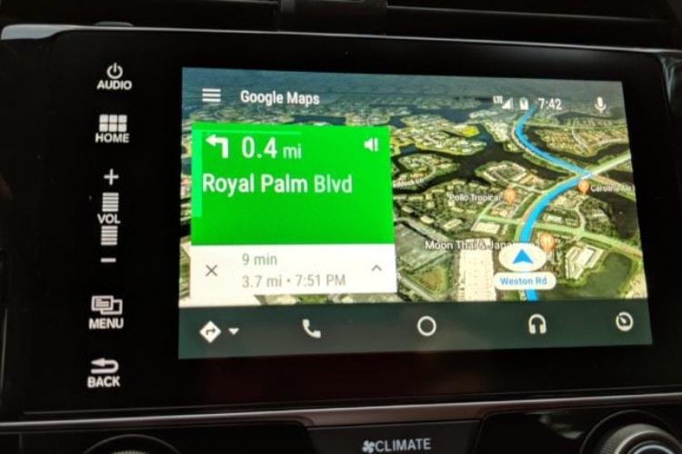 Des vues satellites dans Google Maps sur Android Auto