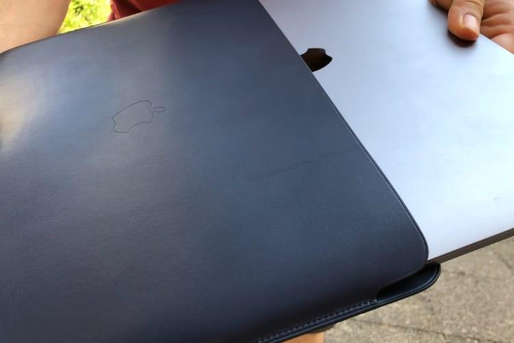 Mettons des trucs dans la nouvelle housse Apple pour MacBook Pro