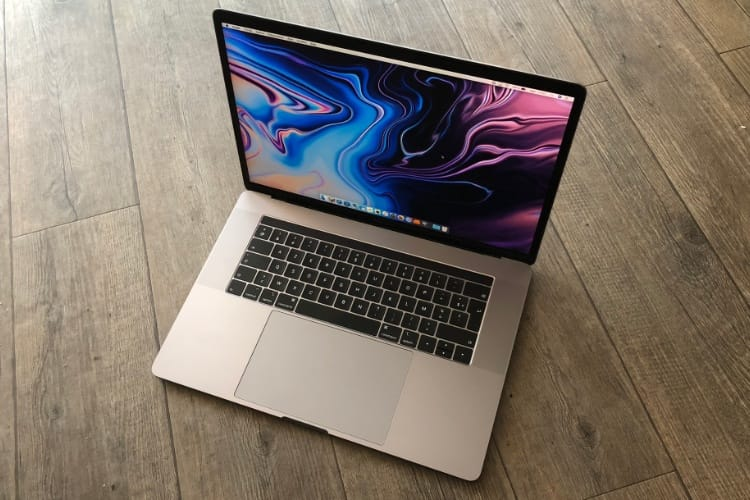 Test des MacBook Pro 15'' Touch Bar Core i7 à 2,6 GHz et Core i9 à 2,9 GHz (2018)
