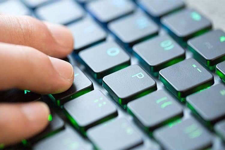 Taptek : un clavier mécanique pour Mac qui touche toutes les cases
