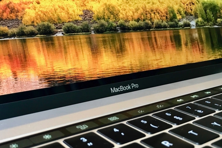"Test du MacBook Pro 15"" 2018 Core i7 à 2,2 GHz"