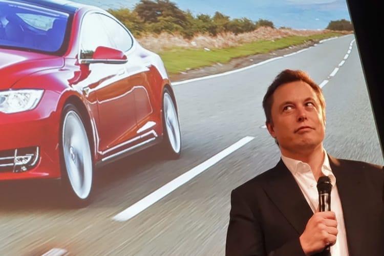 Sortie de bourse : Tesla fait marche arrière