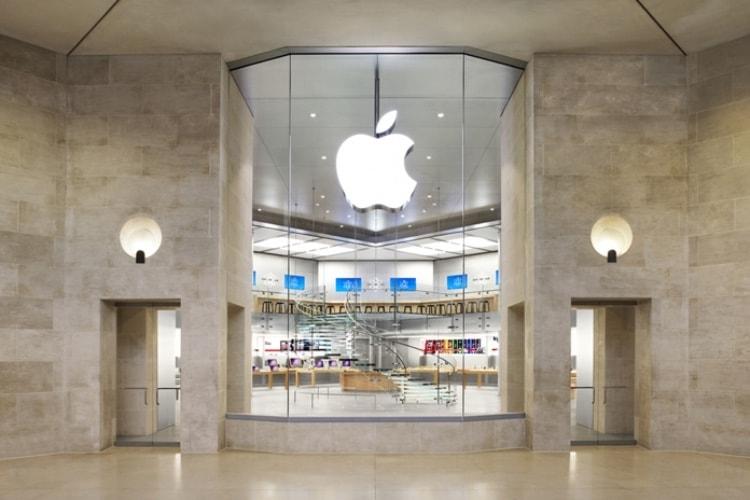 L'Apple Store des Champs-Élysées ouvrira en novembre, celui du Louvre devrait fermer