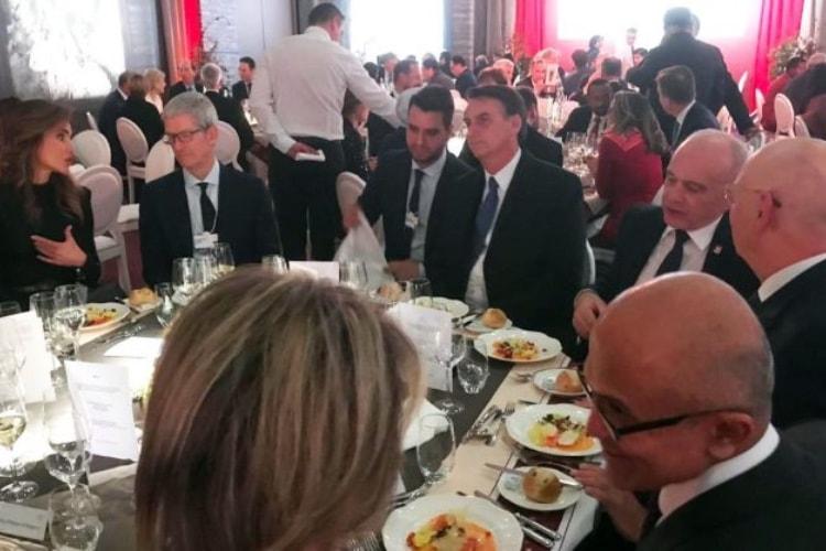 image en galerie : Tim Cook au Forum économique mondial à Davos [màj]